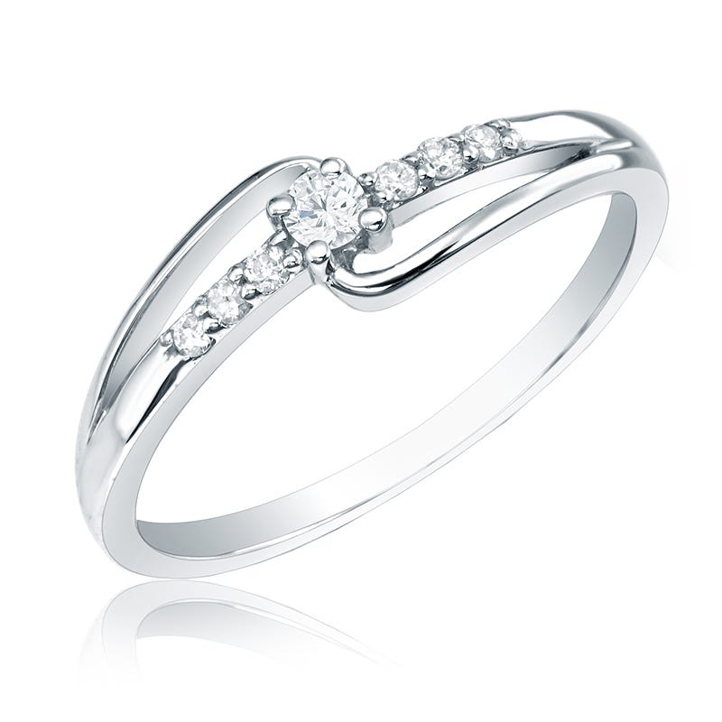 Diamond Promise Ring in 14k White Gold