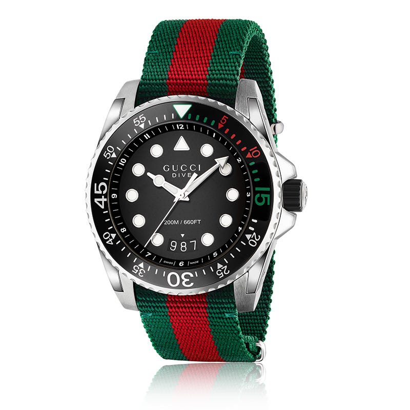 GUCCI Dive Black Dial Men's Watch YA136209