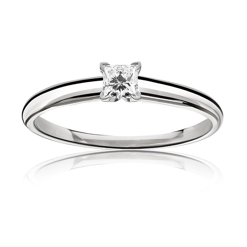 Diamond Princess-Cut ¼ct. Top Classic Solitaire Engagement Ring