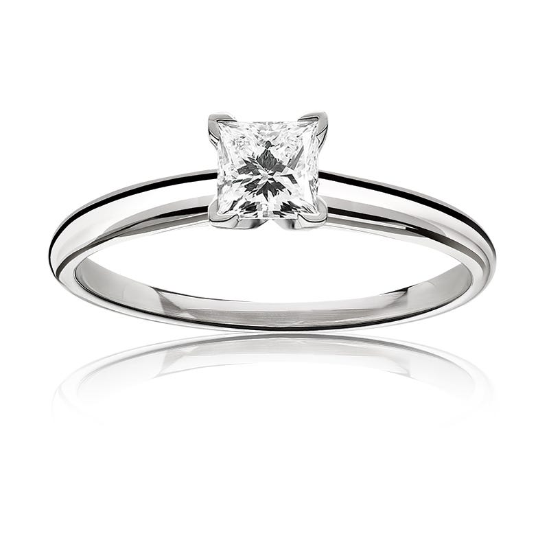 Diamond Princess-Cut ¾ct. Top Classic Solitaire Engagement Ring