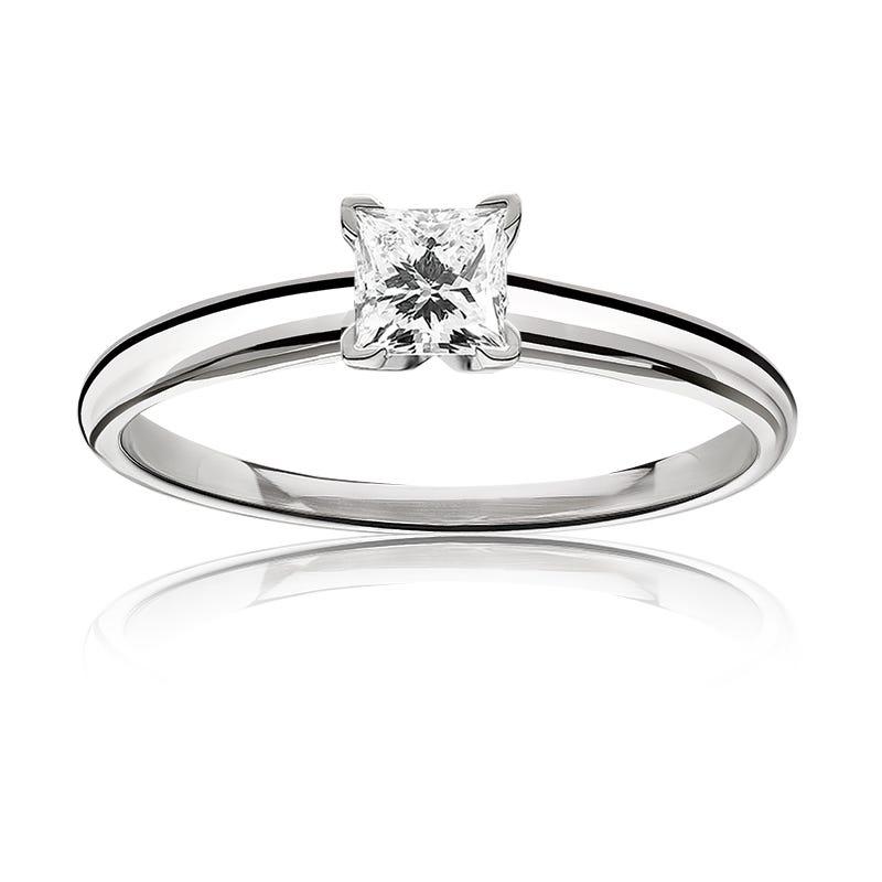 Diamond Princess-Cut 5/8ct. Classic Solitaire Engagement Ring